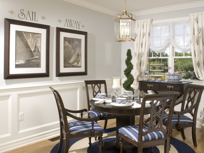 Decorating ideas nautical decorating ideas for Dining room wall design