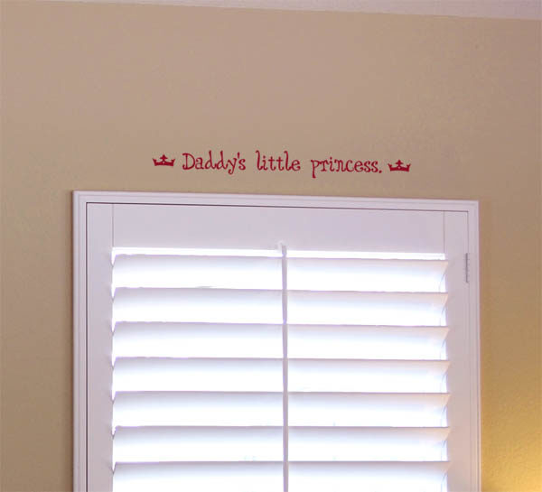 Daddy's little princess. Wall Decal
