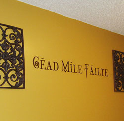 Wall Decal with wall ornaments - CEAD MILE FAILTE